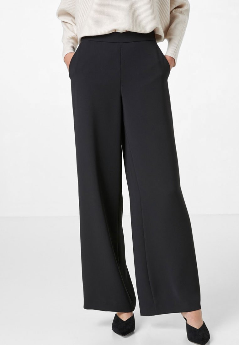 HALLHUBER - LOOSE FIT - Trousers - black