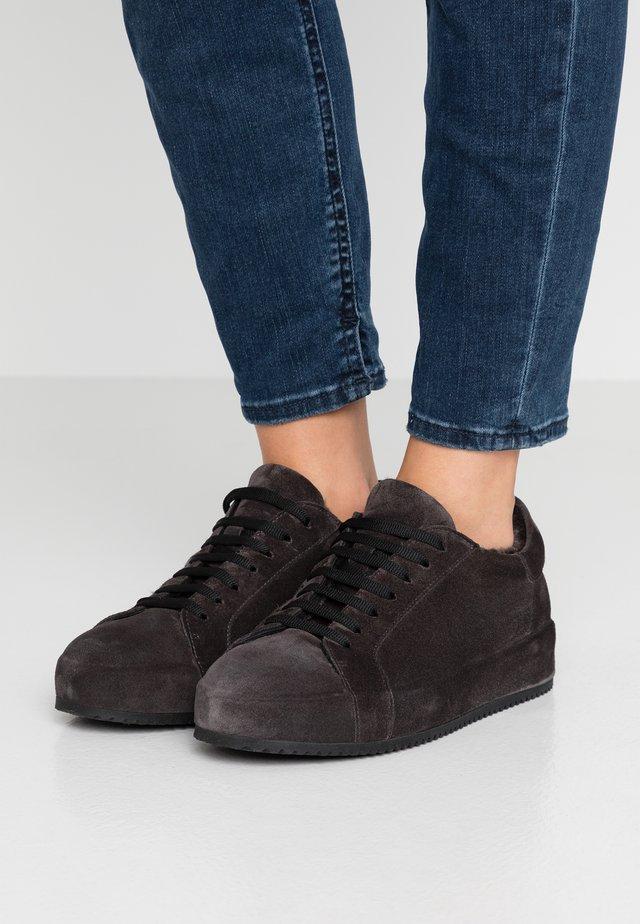 Sneakers basse - asphalt