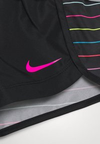 Nike Sportswear - GIRLS SHORT SET - Shorts - black - 3