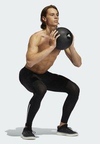 adidas Performance - TECHFIT 3-STRIPES LONG TIGHTS - Leggings - black - 6