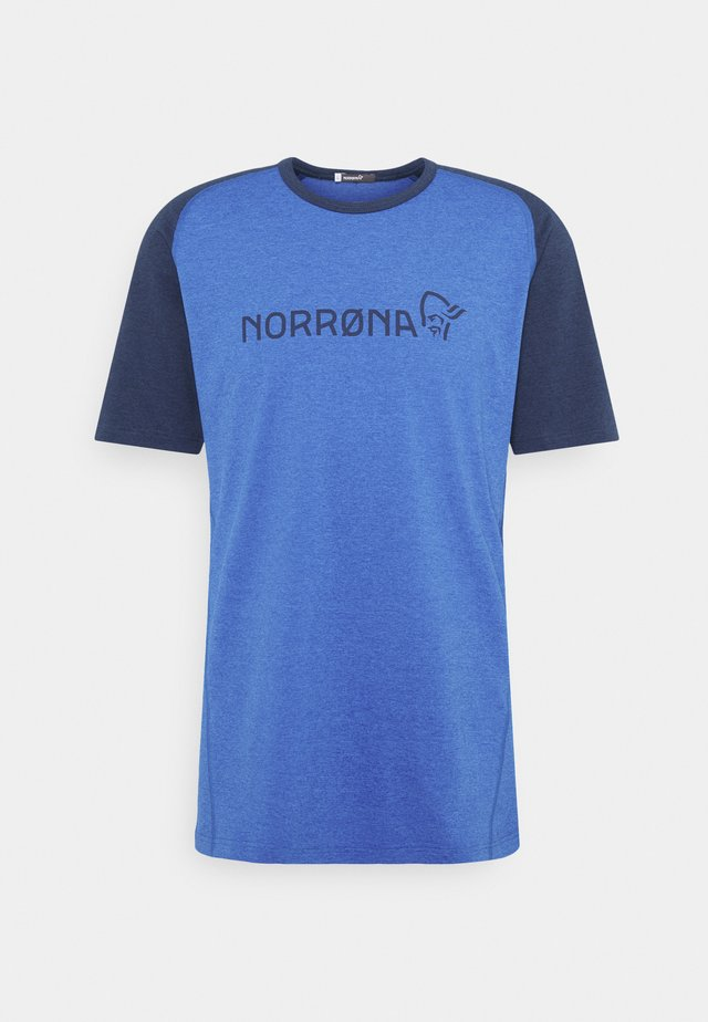 FJØRÅ EQUALISER LIGHTWEIGHT - Print T-shirt - olympian blue/indigo night