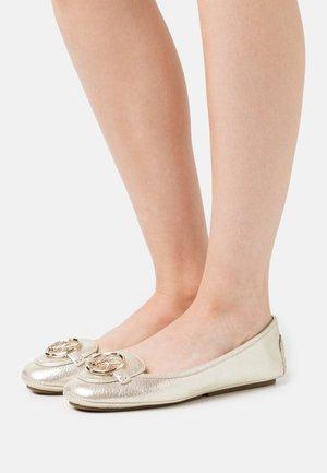 LILLIE - Ballet pumps - pale gold