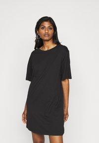 Even&Odd Petite - 2 PACK - Žerzejové šaty - black/dark grey - 2