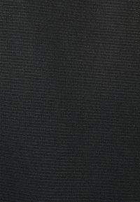 ASICS - CORE SINGLET - Top - performance black - 2