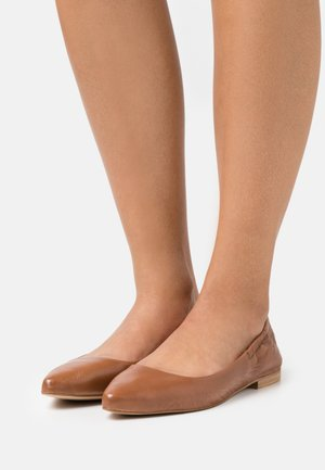 Ballet pumps - cognac
