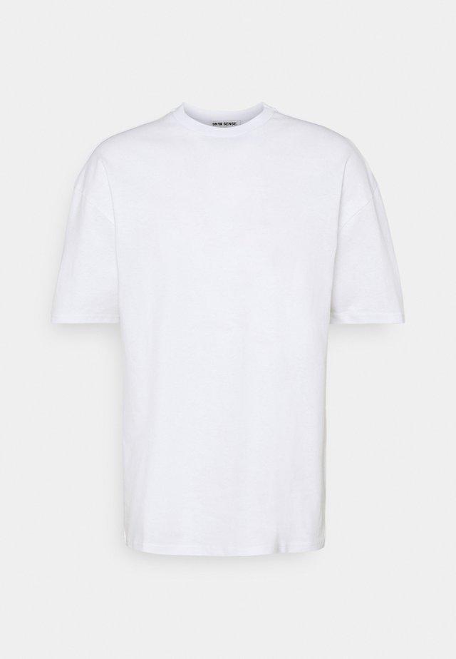 SHANGRI LA BUTTERFLY UNISEX - T-shirt print - white