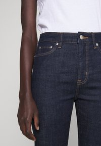 Lauren Ralph Lauren - SOFT STRAIGHT RAW - Straight leg jeans - rinse wash - 6