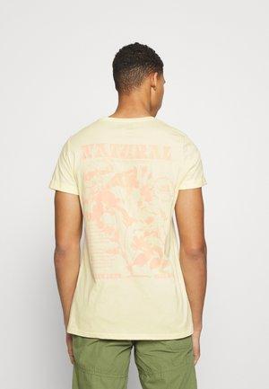 Print T-shirt - beig