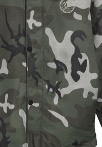Volcom - RIPLEY INS JACKET - Snowboard jacket - green/black - 4