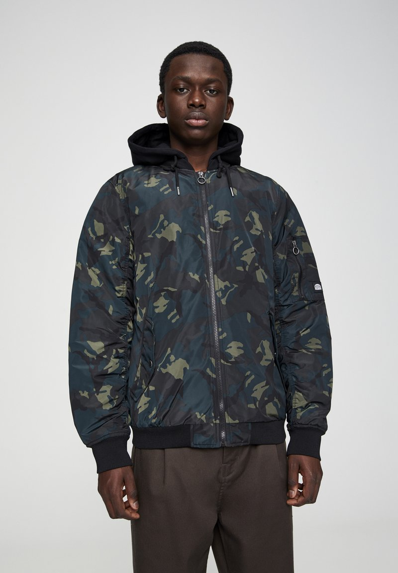 PULL&BEAR - Light jacket - mottled dark green