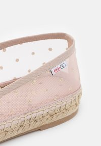 Red V - Espadrilles - nude/oro - 6