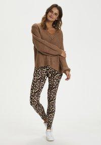 Kaffe - KAPAPPI  - Legging - brown leo print - 3