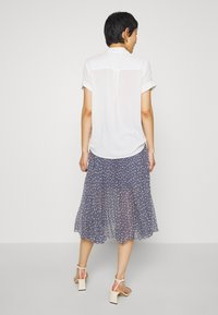 Abercrombie & Fitch - PLEATED MIDI - A-line skirt - blue - 2