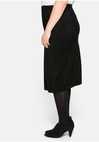 Sheego - Pencil skirt - schwarz - 4