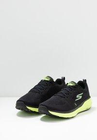 Skechers Performance - PURE 2 - Chaussures de running neutres - black - 2