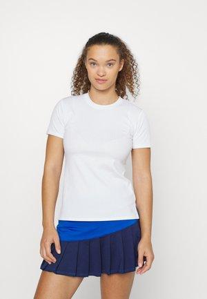 LOVE TO LOVE TEE - T-shirt - bas - bright white
