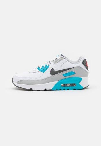 AIR MAX 90 UNISEX - Sneakersy niskie - white/iron grey/chlorine blue
