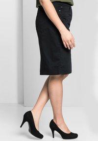 Sheego - Denim skirt - schwarz - 3
