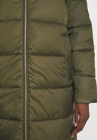 Marc O'Polo DENIM - LONG PUFFER COAT - Zimní bunda - utility olive