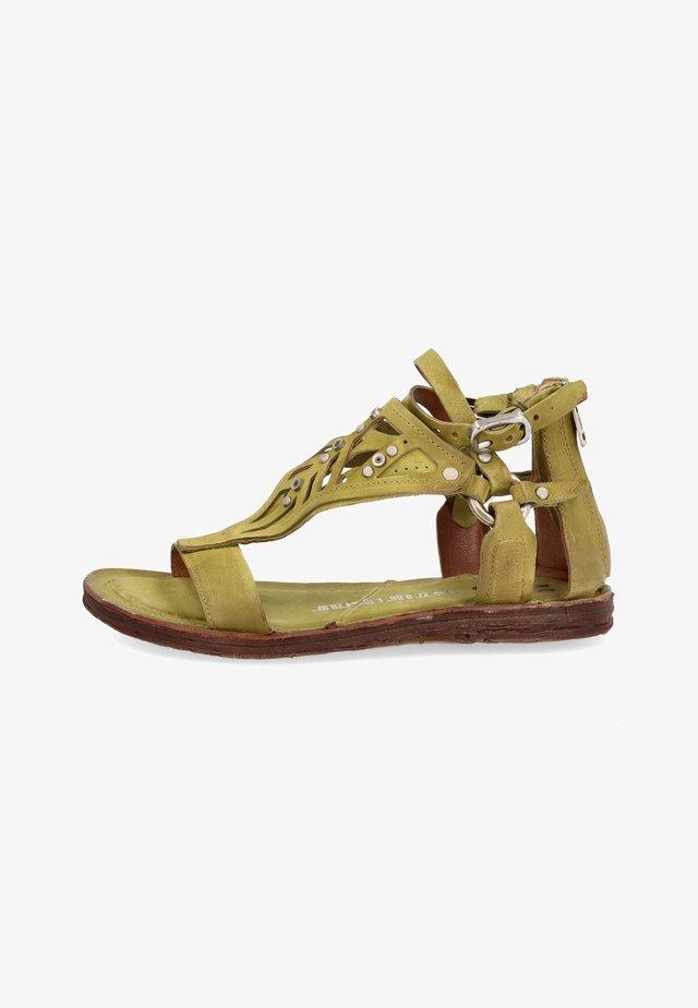 Sandalen met enkelbandjes - detox