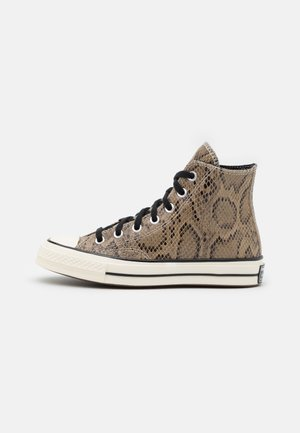 CHUCK 70 ARCHIVE REPTILE UNISEX - Sneakersy wysokie - brown/egret/black