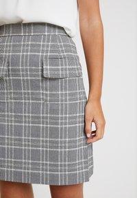 Great Plains London - PARADIS CHECK - A-line skirt - black combo - 4