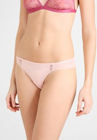 Heidi Klum Intimates - KISS THONG - Thong - evening sans - 0