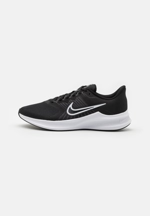 DOWNSHIFTER 11 - Scarpe running neutre - black/white/dark smoke grey