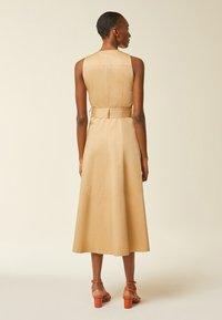 IVY & OAK - Denní šaty - apple cinnamon - 2