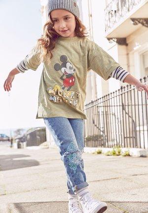 MICKEY MOUSE SEQUIN OVERSIZE T-SHIRT - Print T-shirt - khaki
