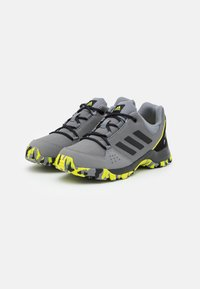 adidas Performance - TERREX HYPERHIKER LOW UNISEX - Vaelluskengät - grey four/core black/grey three - 1