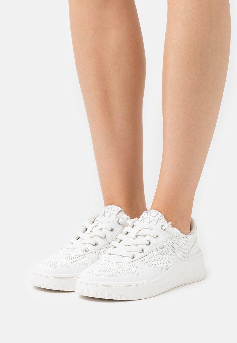 Roxy - HARPER - Trainers - white