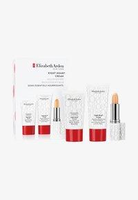 EIGHT HOUR ENTRY SET - Skincare set - -