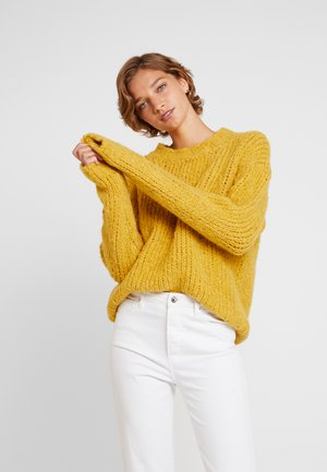 TRILLY - Pullover - honey