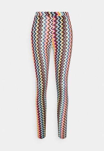 Legíny - multicolor
