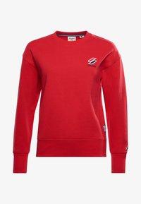 Superdry - SPORTSTYLE ESSENTIAL - Sweatshirt - risk red - 3