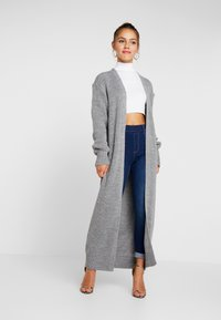Missguided Petite - MAXI BELTED CARDIGAN - Cardigan - grey - 1