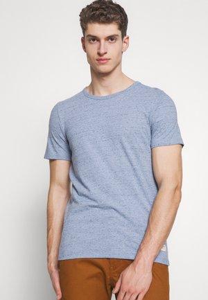 JORWINSTON TEE CREW NECK - Basic T-shirt - ashley blue