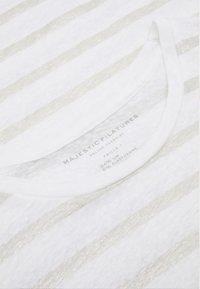 Majestic - Print T-shirt - blanc  silver metal - 0