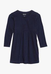 Zalando Essentials Kids - 2 PACK - Jersey dress - peacoat/winter white - 2