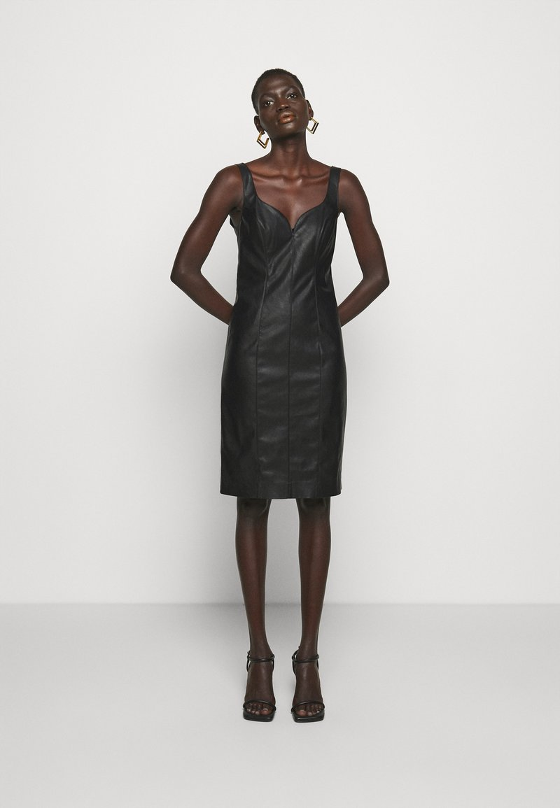 Pinko - PUDICO ABITO SIMILPELLE - Cocktail dress / Party dress - black