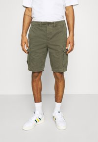 Abercrombie & Fitch - Shorts - grape leaf - 0