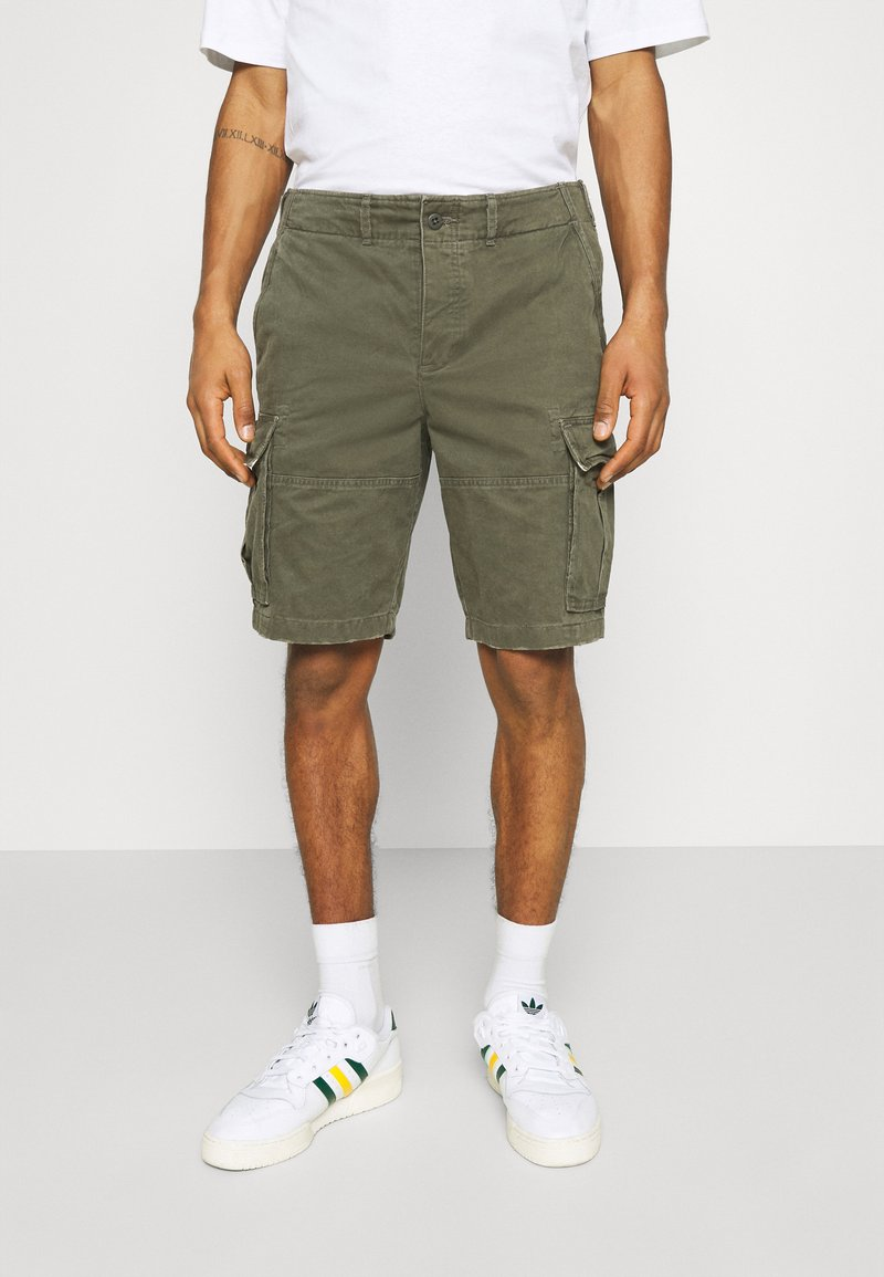 Abercrombie & Fitch - Shorts - grape leaf