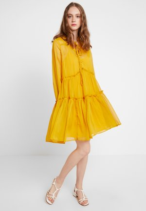 YASKAREN DRESS - Day dress - primrose yellow
