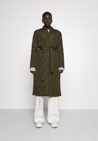 Bruuns Bazaar - AZAMI LINETTE COAT  - Winter coat - green night - 0