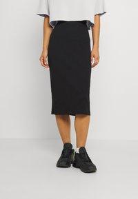 Even&Odd - Basic ribbed midi high waisted skirt - Pouzdrová sukně - black - 0