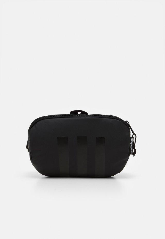 TAILORED HER SPORTS WAISTBAG UNISEX - Bum bag - black/white