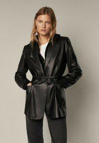 Massimo Dutti - MIT GÜRTEL - Leather jacket - black - 1