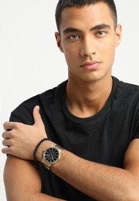 Armani Exchange - SET - Watch - gold-coloured - 0