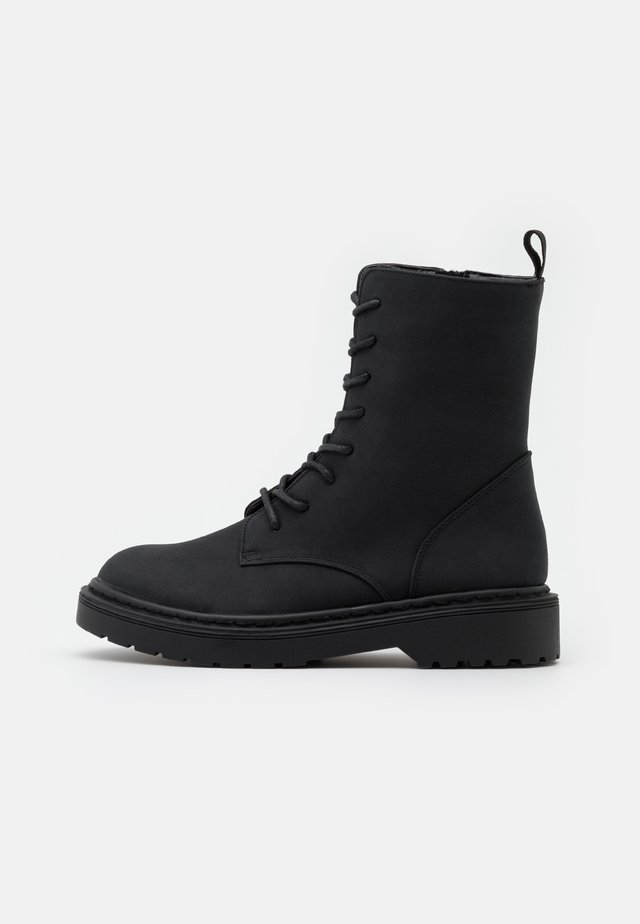 FREDA LACE UP BOOT - Stivaletti stringati - black